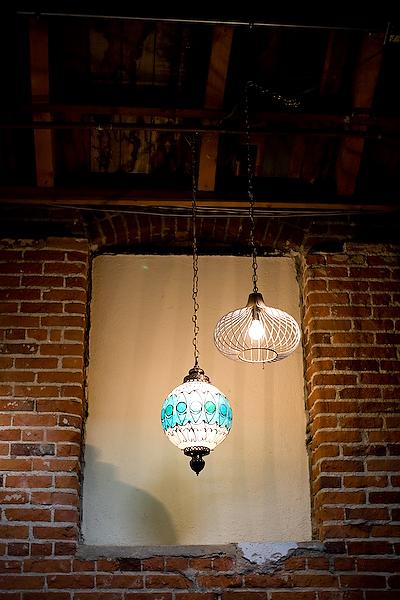 marvimon-house-lanterns