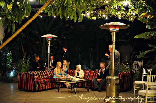 outdoor-wedding-lounge-area-lanterns