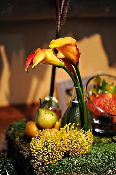 pears-spider-mums-calla-lillies-yellow-orange-centerpieces