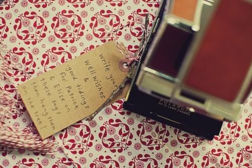 polaroid-guest-book