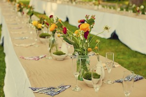 rustic-wildflower-table-wedding