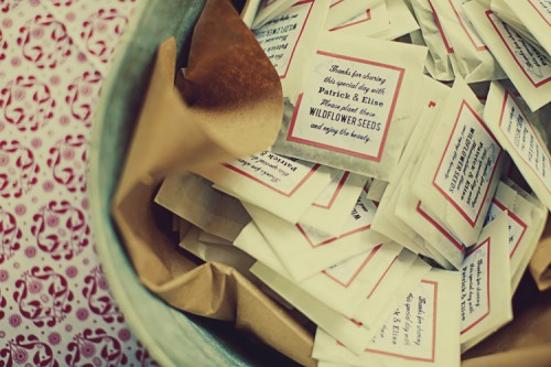 wildflower-seeds-wedding-favor-ideas