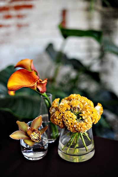 yellow-and-orange-centerpieces-cluster