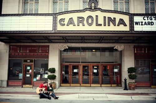 carolina-theatre-engagement-photos