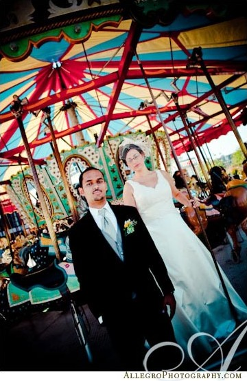 carousel-wedding-photos
