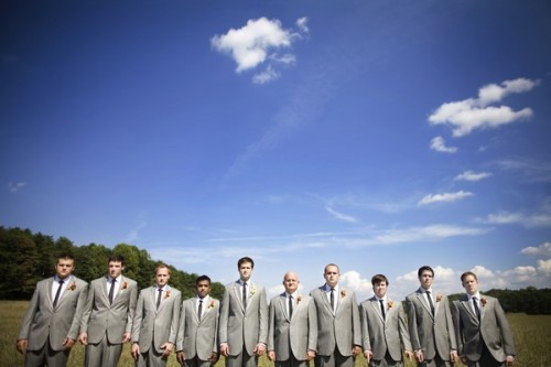 groomsmen-in-gray-suits