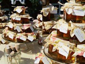 honey-wedding-favors