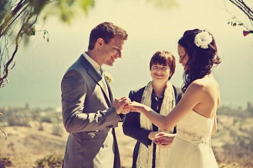 malibu-beachside-wedding-ceremony