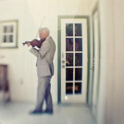 violinist-wedding