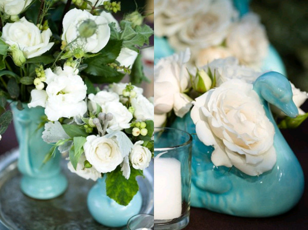 centerpieces-in-blue-vases