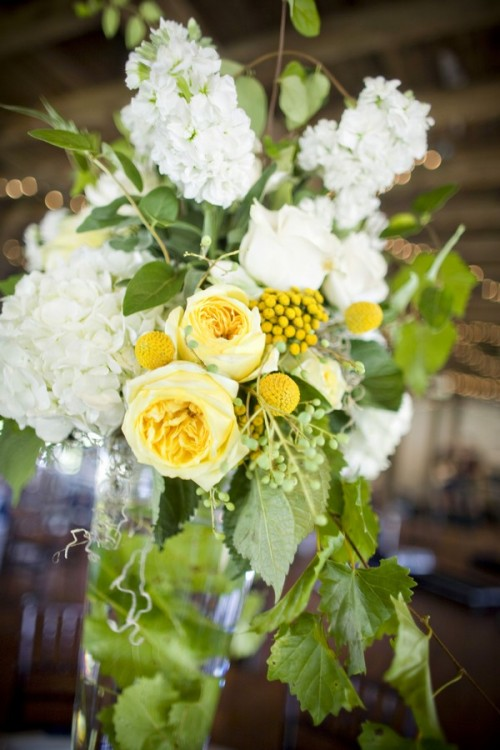 yellow-and-white-tall-centerpiece