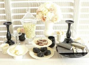 black-and-white-dessert-table