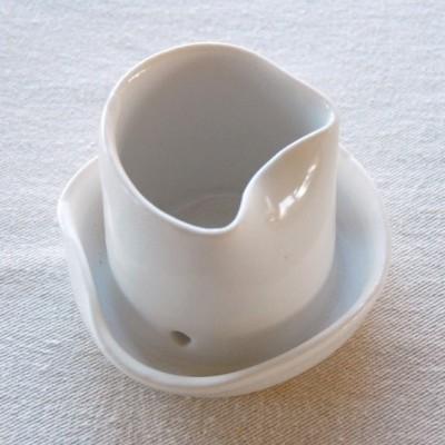 porcelain-pot