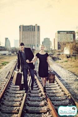 vintage-railroad-engagement-photos-8