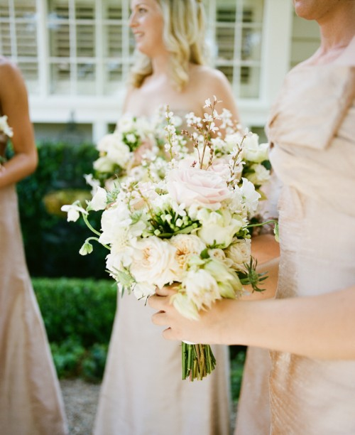 white-pink-long-stemmed-bouquet