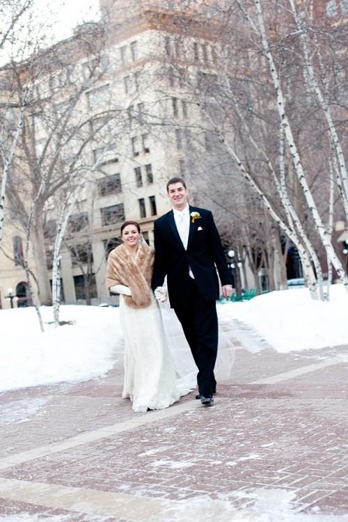 winter-wedding-snow-16