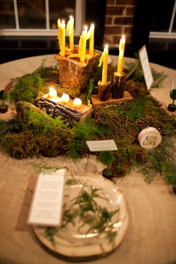 Wood And Moss Wedding Table Ideas