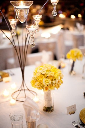 yellow-centerpieces-wedding-ideas-4