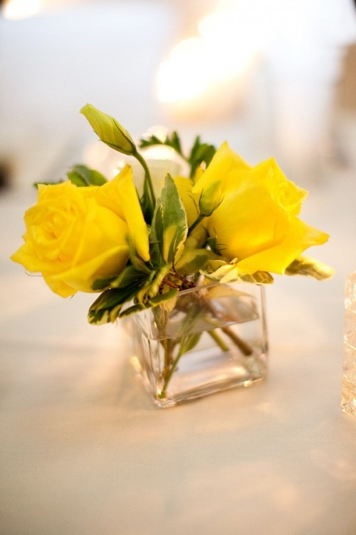 yellow-centerpieces-wedding-ideas-8