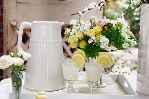 Lemon Yellow and White Drink Tray Party Inspiration