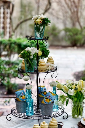 Modern Easter Party Inspiration
