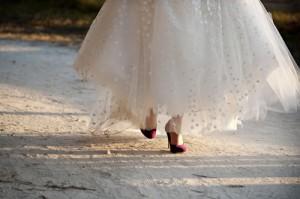 bride-purple-shoes