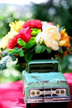bright-centerpiece-inside-miniature-vintage-car