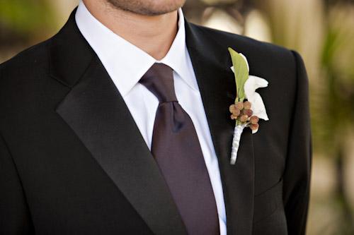 groom-purple-tie