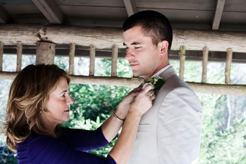 mother-son-boutonniere