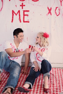 paint-your-love-red-and-white-engagement-photos-8