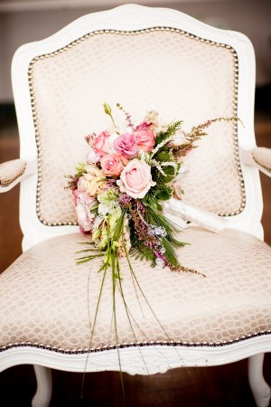 pink-and-green-bouquet