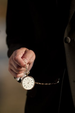 pocketwatch-groom