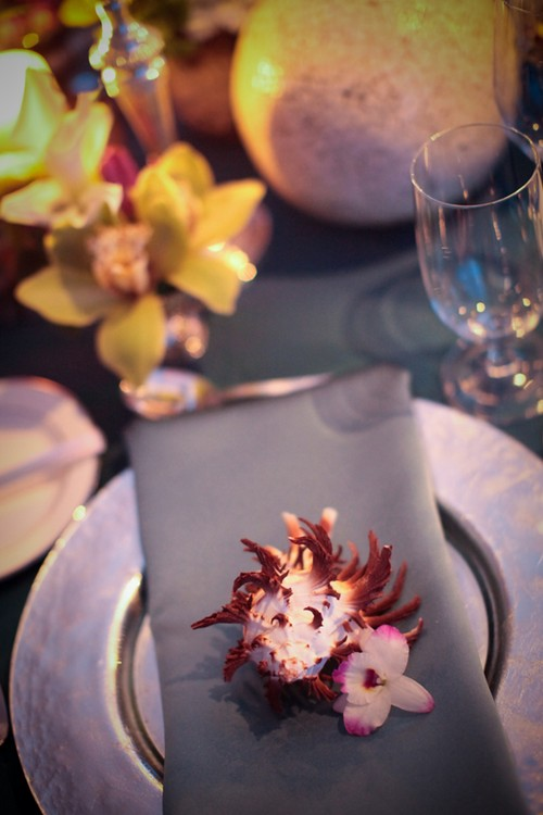 seashell-at-place-setting-wedding-ideas