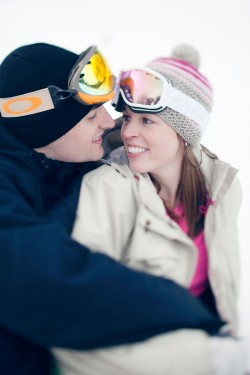 skiing-engagement-photos-bear-creek-mountain-12