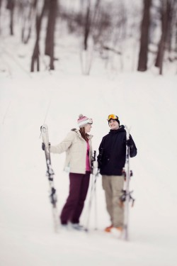 skiing-engagement-photos-bear-creek-mountain-14