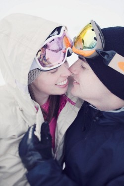 skiing-engagement-photos-bear-creek-mountain-15