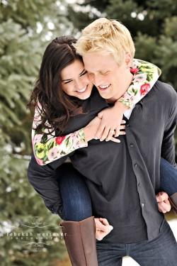 snowy-engagement-photos-3