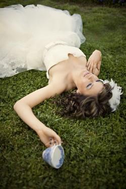 Alice in Wonderland Wedding Party Ideas-12
