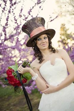 Alice in Wonderland Wedding Party Ideas-21