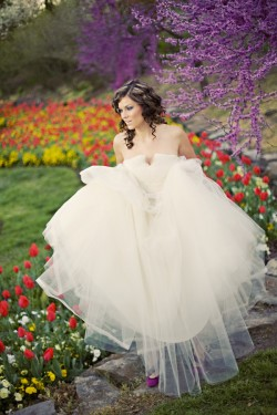 Alice in Wonderland Wedding Party Ideas-22