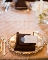 Brown-and-Gold-Tabletop-Wedding-Ideas