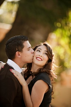 Old Hollywood Glamour Engagement Session-02