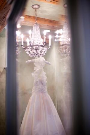 Amsale-Dress-under-Chandelier
