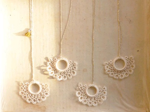 Delicate-Gold-Doily-Necklaces