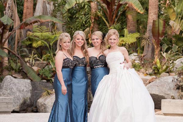 Elegant-Blue-and-Black-Bridesmaids