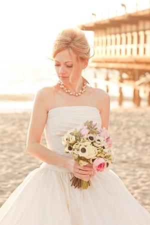 Elegant-Pink-and-Gold-Bride