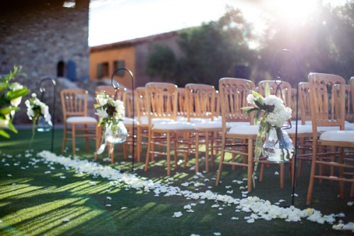 Flowers lining aisle outdoor wedding ceremony elizabeth anne flowers lining aisle outdoor wedding ceremony junglespirit Images