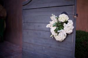 Hydrangea-and-Laurel-Wedding-Wreath