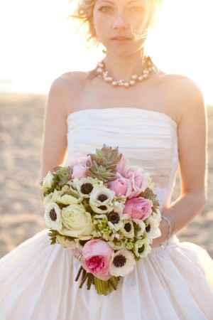 Pink-and-Green-Bouquet-with-Anemones
