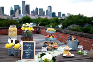 Urban Rooftop Picnic Wedding Theme Ideas